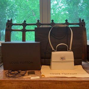 RARE Authentic Louis Vuitton Epi Sevigne PM Bag